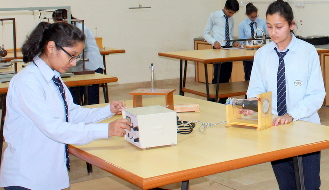 Physics-Lab---004